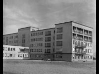 Historické foto budovy Dětské kliniky